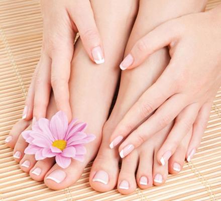 chăm sóc tay chân