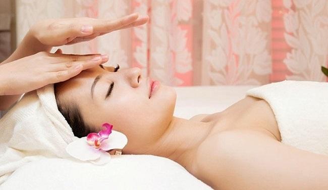 Cách chăm sóc da cho những người thức khuya